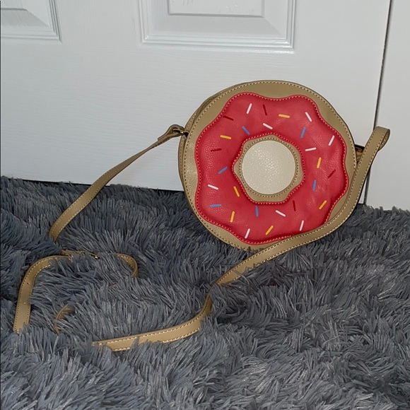 Charming Charlie Handbags - Donut Shaped Novelty Purse